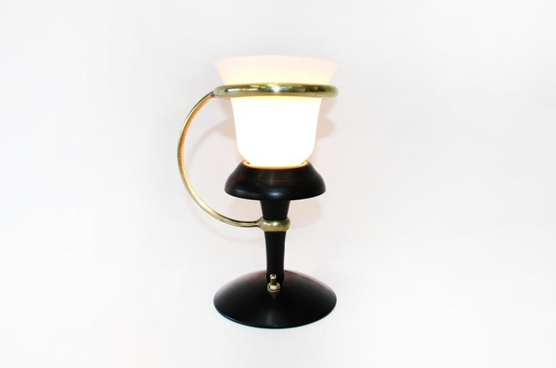 black-lamp-full